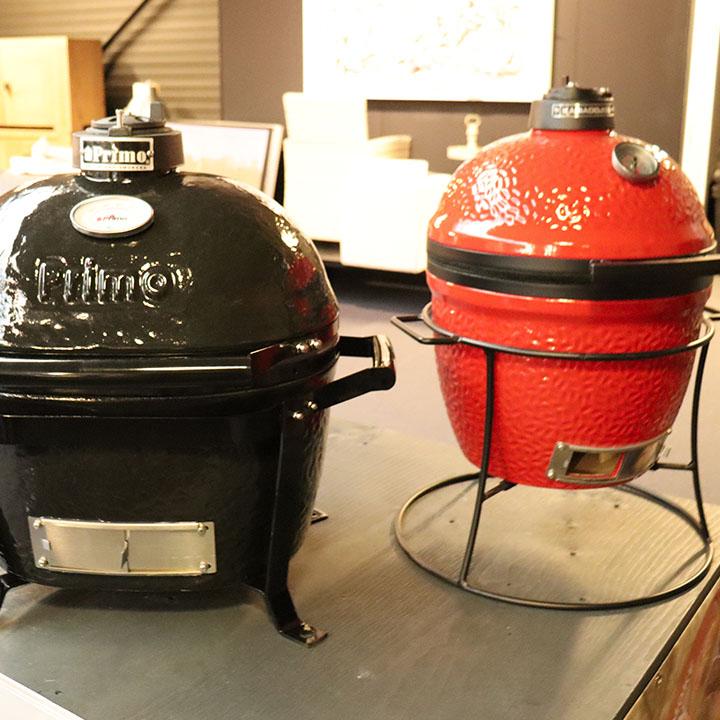 Ventana Showroom BBQ Barbecue en Haarden_0002_Primo Kamado Joe BBQ Grill